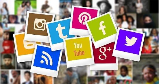 Social मीडिया मैनेजर कैसे बने
